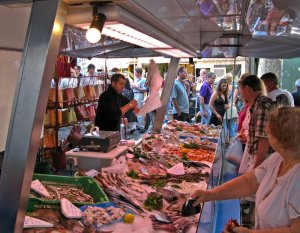 Weekly market in St. Remy de Provence