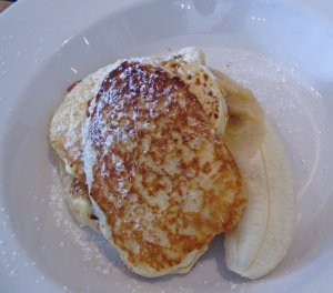 Yum!  Ricotta pancakes at Bill's in Darlinghurst.  Still makes me hungry!