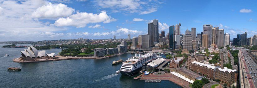 Sydney panorama from Harbor Bridge
