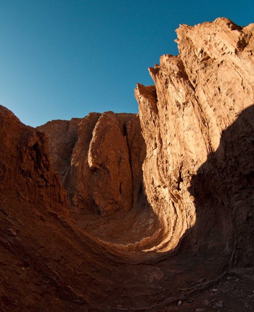 The curves of Kari Gorge