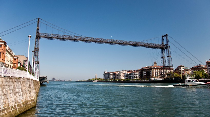 Vizcaya Bridge with the gondola at the farside of the river