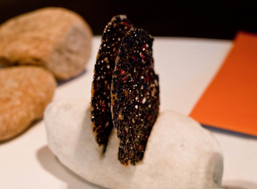 Black sesame cracker from El Celler de Can Roca