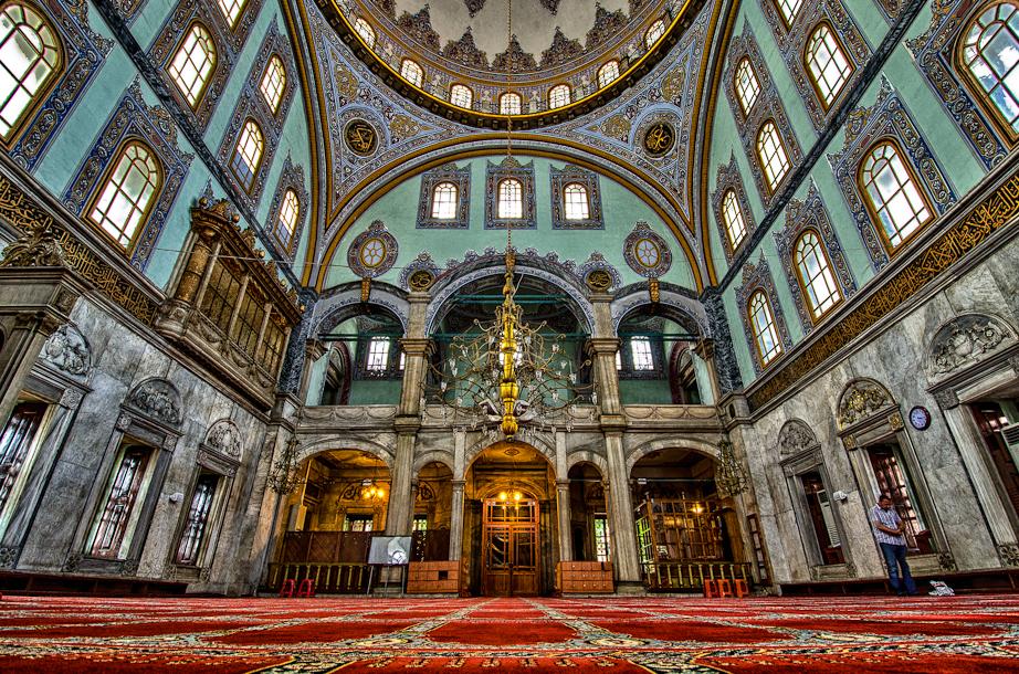 Inside Nusretiye Mosque (HDR)