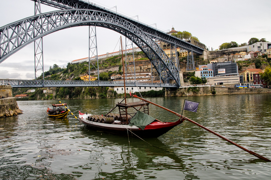 Luis I Bridge viewed from the Porto side