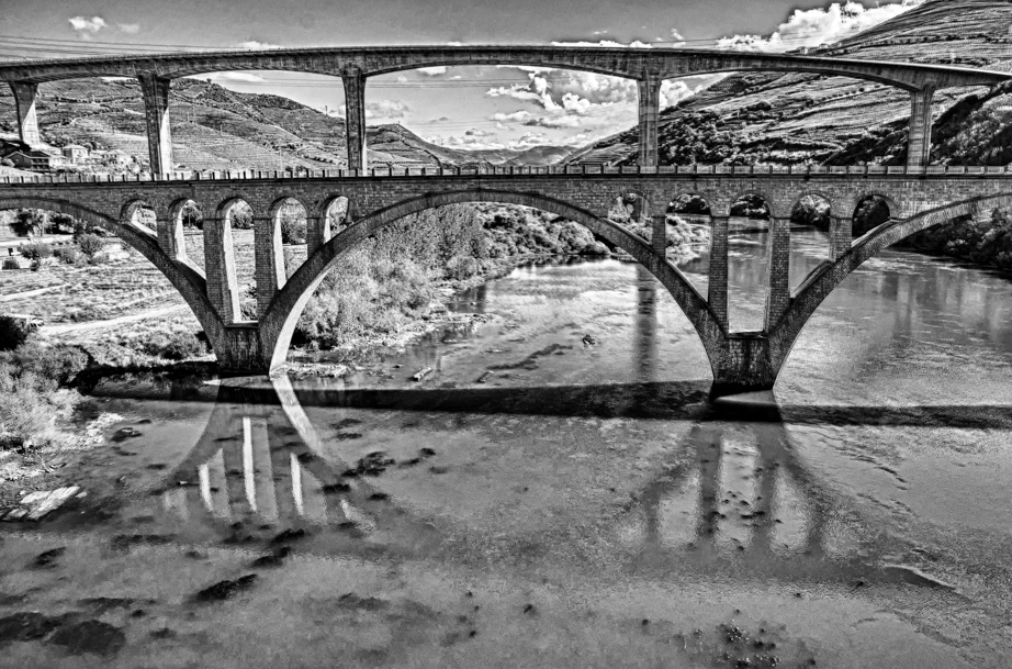Bridges cross the Douro River