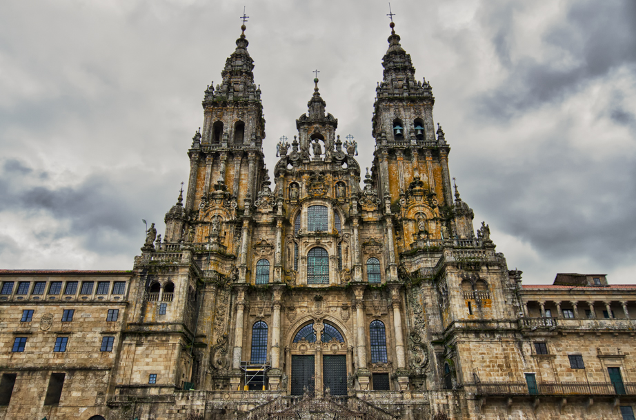 Baroque facade of Santiago's Cathedral.