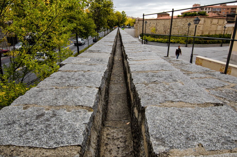 The water channel at the top of the aqueduct