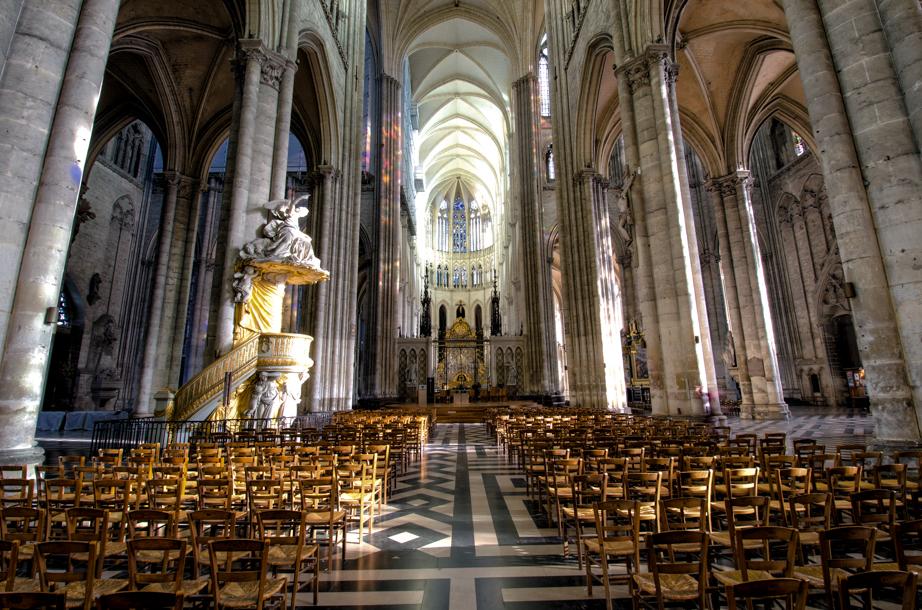 Inside Cathédrale Notre-Dame d'Amiens