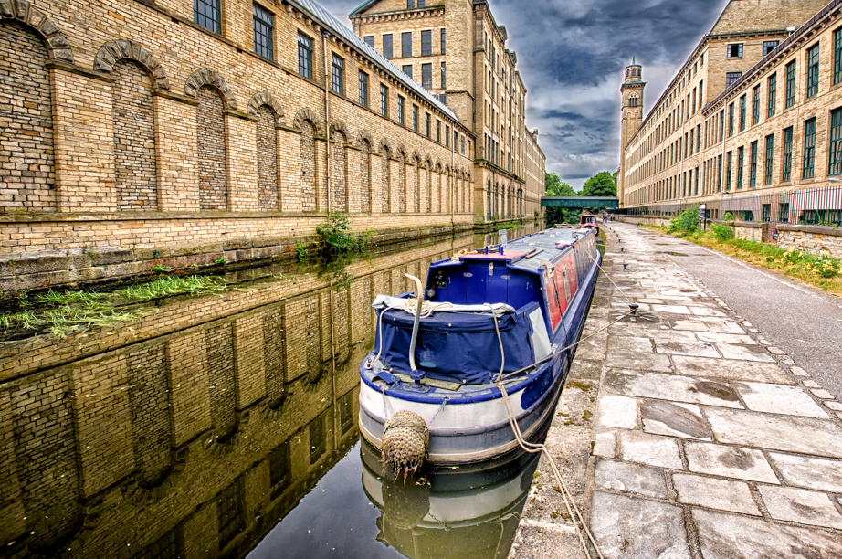 A narrowboat moored in Saltaire