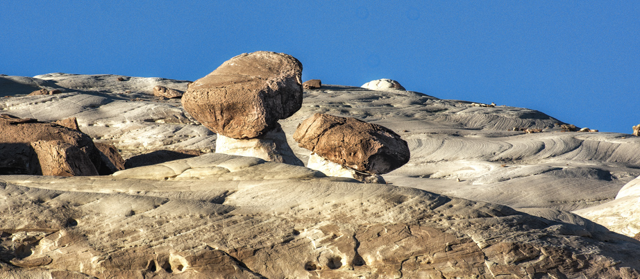 These hoodoos, high on the ridge above, really do look like toadstools.