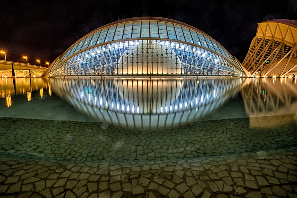 L'Hemisfèric in Valencia's City of Arts and Sciences: Ultra-modern architecture at its best.