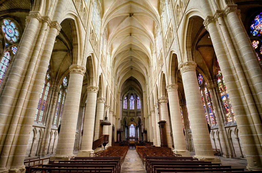 Inside Cathédrale Saint-Étienne de Châlons